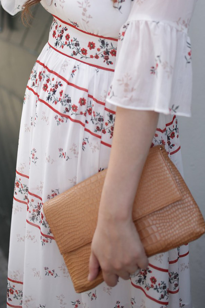 Endless rose white and red maxi dress with the Elaine Turner Belia Clutch.