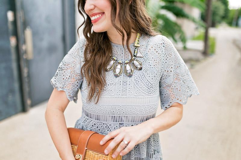 Houston fashion blogger styles a Baublebar statement necklace.